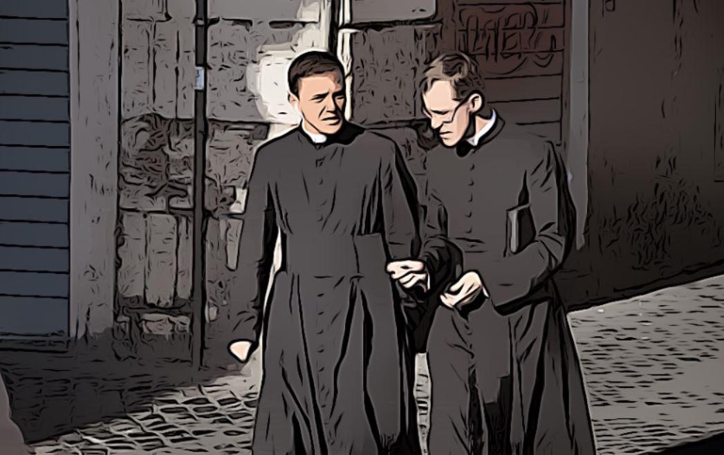 qué es una sotana en el cristianismo - estilos y tipos de sotanas en sacerdotes y ovispos